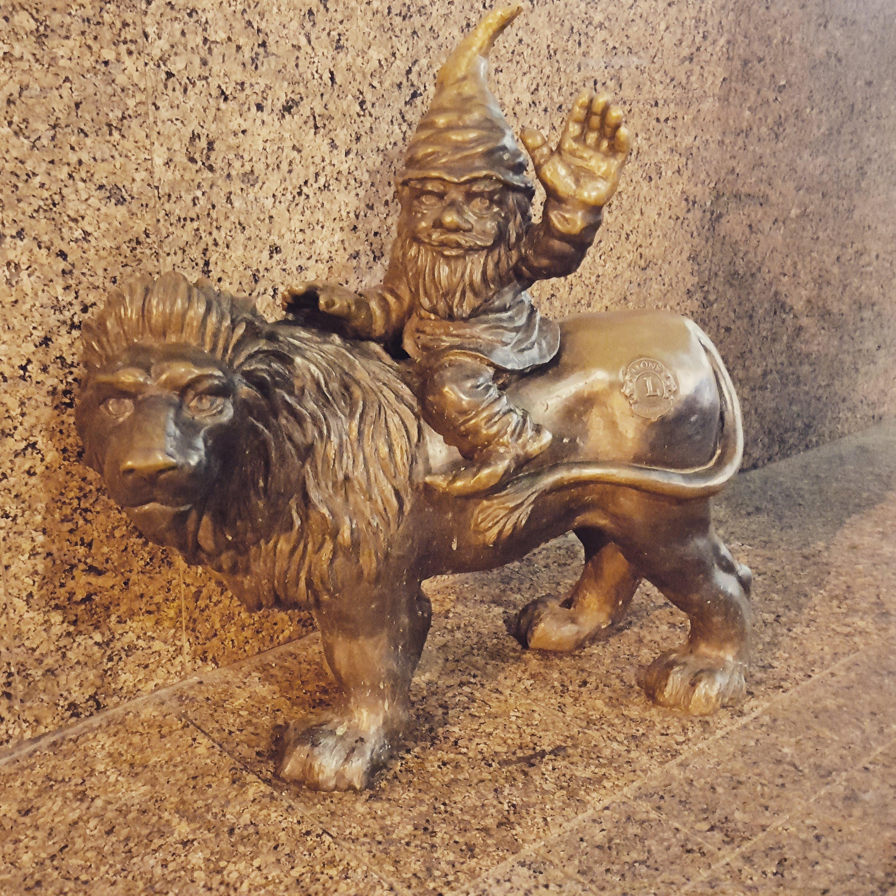 Krasnal Lion