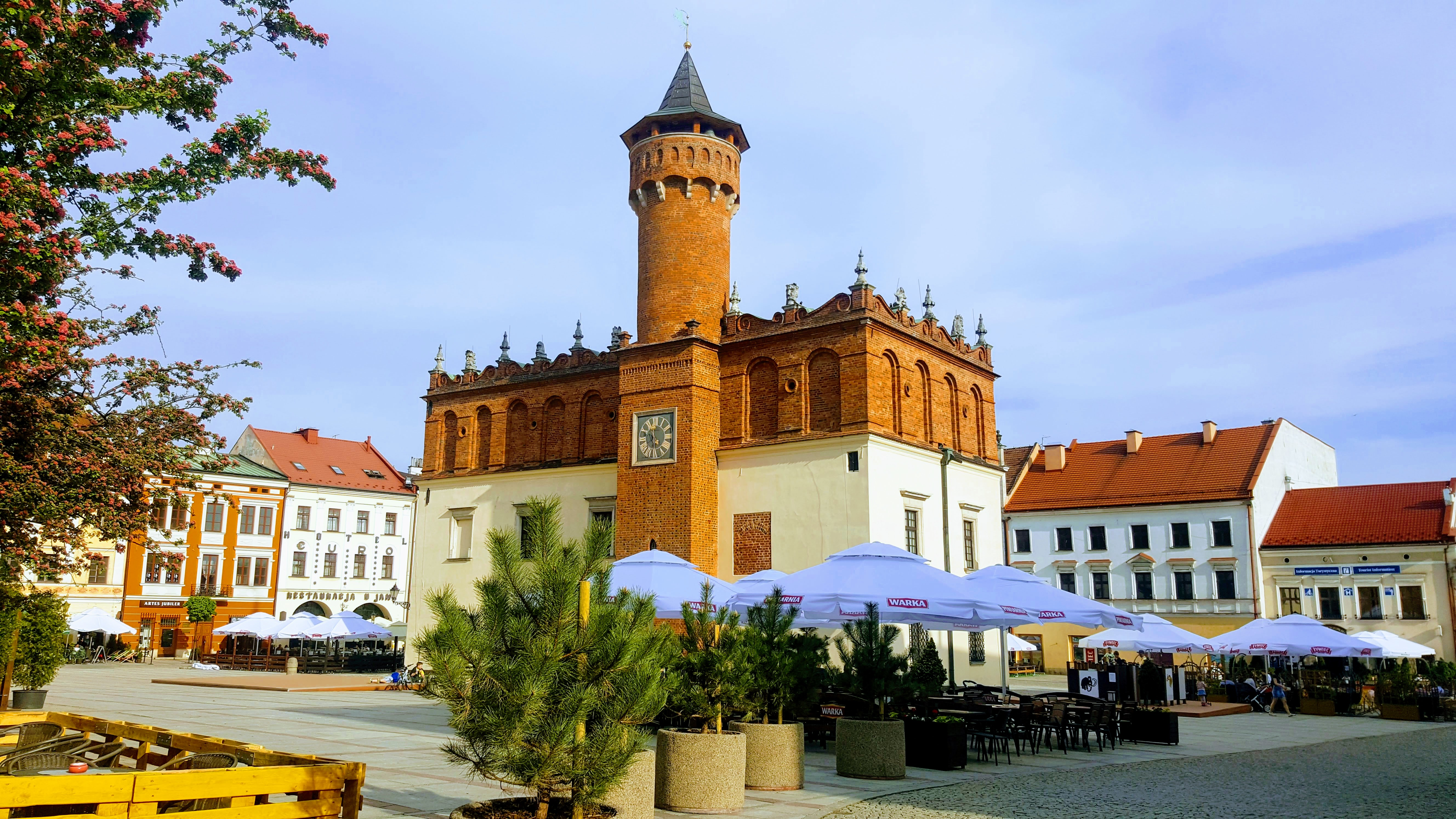 Tarnow (taar-noov)